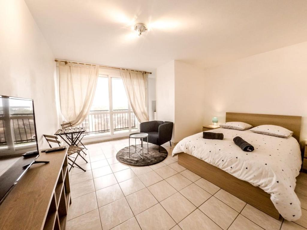 Apartments In Veigné Centre
