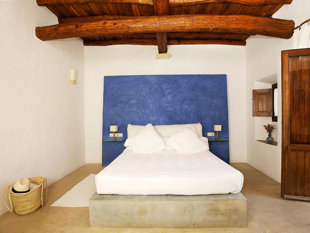 boutique hotels in ibiza  144