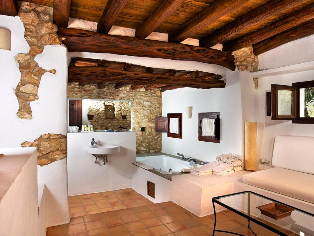 boutique hotels in ibiza  85