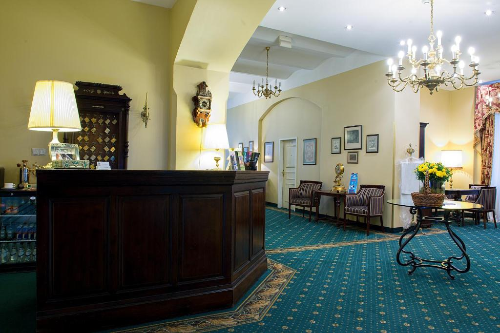 The lobby or reception area at Hotel Gutenbergs
