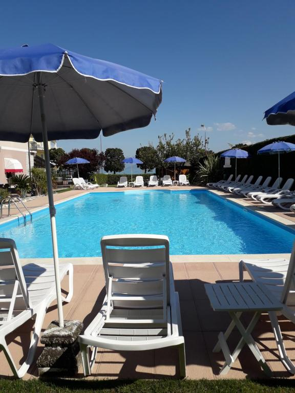 The swimming pool at or near Hotel Fornaci