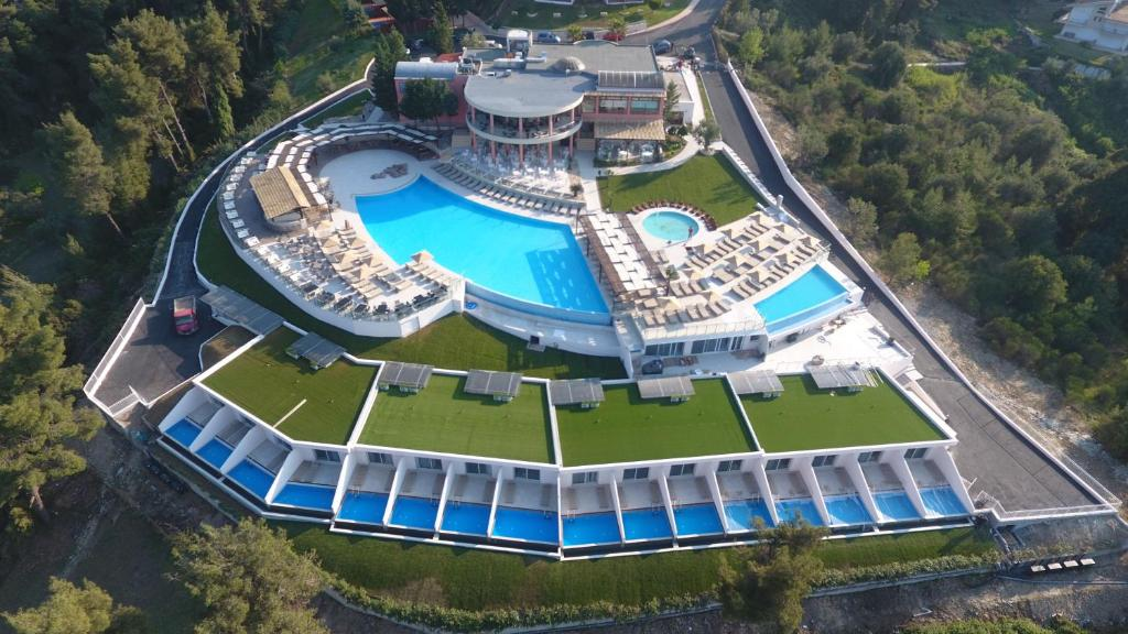 A bird's-eye view of Alia Palace Luxury Hotel and Villas