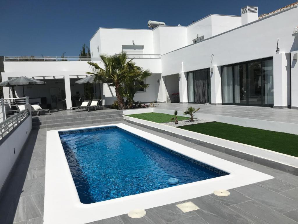Bed and Breakfast Villa Corte Azul, Frigiliana – Precios ...