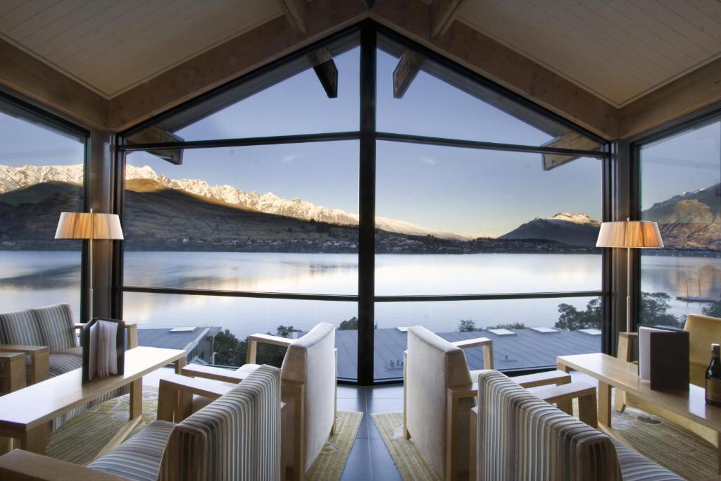 The rees hotel luxury apartments queenstown updated for Design hotel queenstown