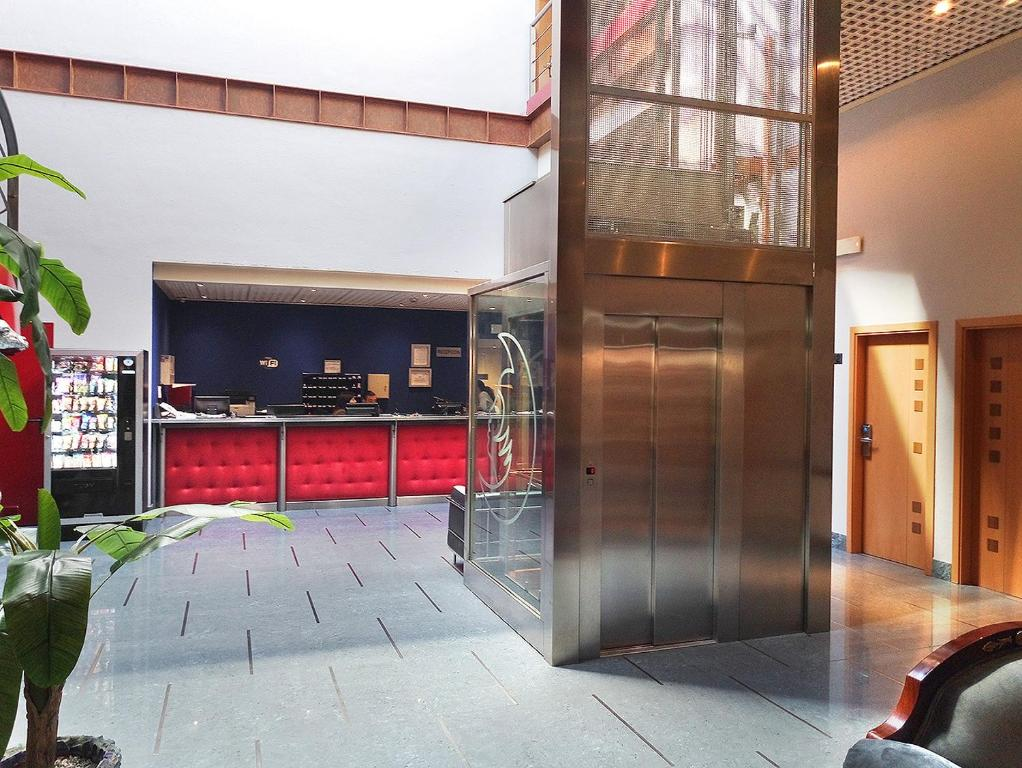 Hotel Fabrik, Humanes de Madrid – ceny aktualizovány 2019