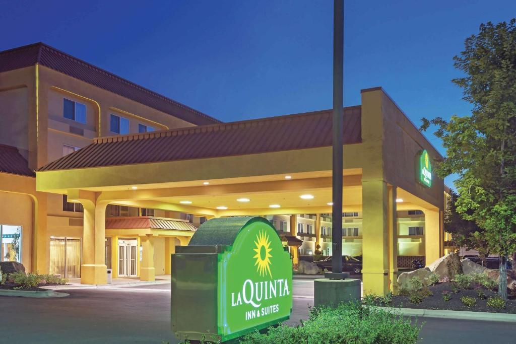 Hotel La Quinta by Wyndham Boise Towne Square, ID - Booking.com