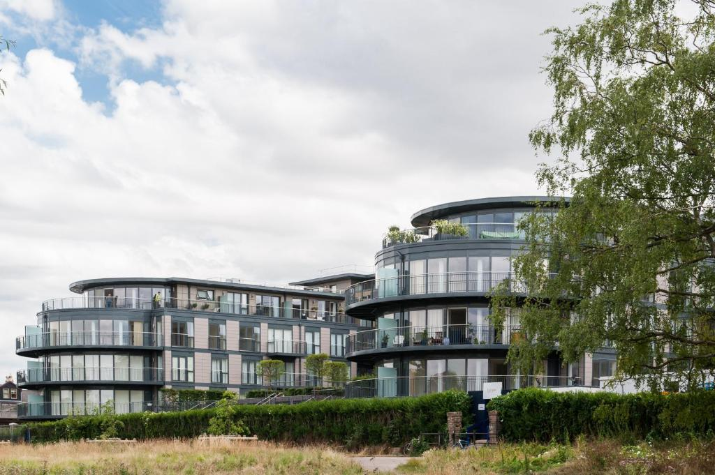 Apartment Camstay Riverside Cambridge UK Booking Enchanting Cambridge One Bedroom Apartments Exterior Collection