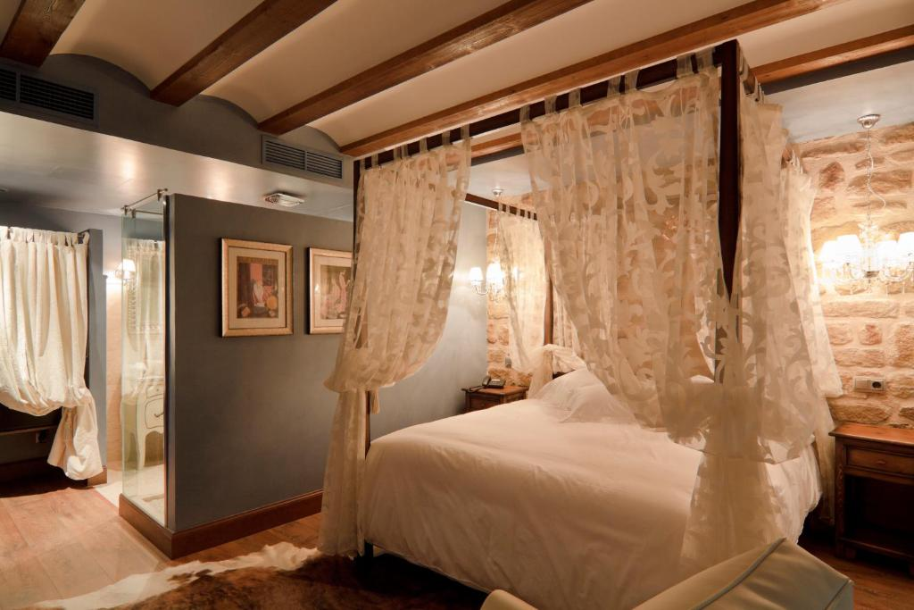 boutique hotels in laguardia  9