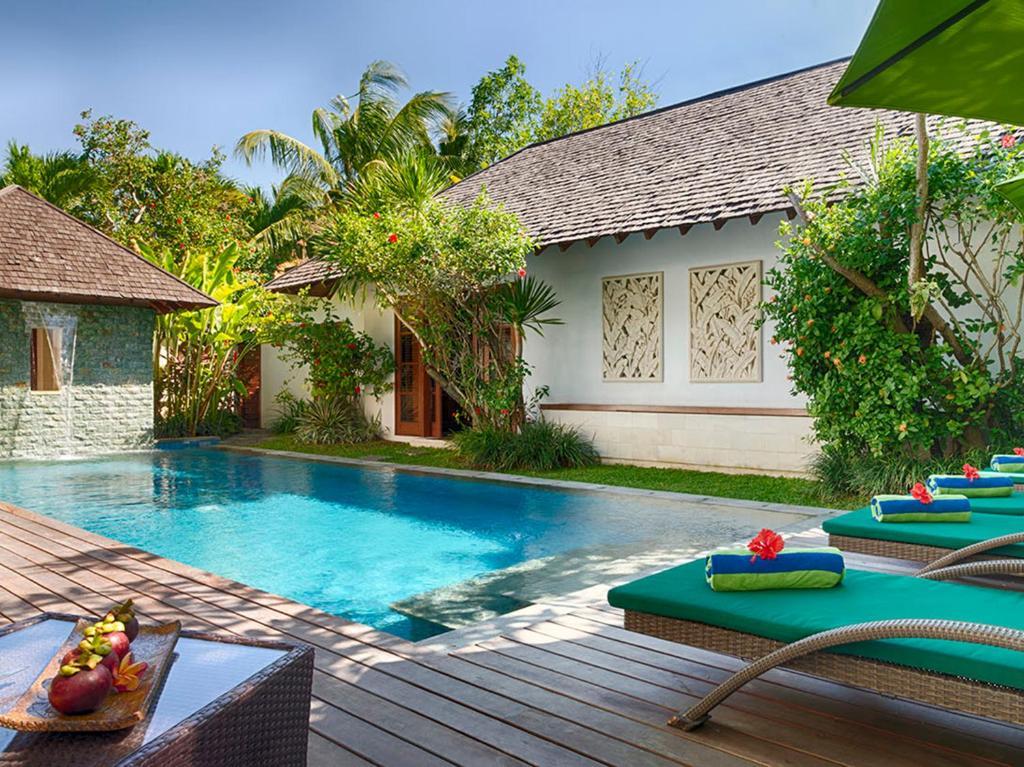 Bazen u ili blizu objekta Villa Shinta Dewi Seminyak - an elite haven