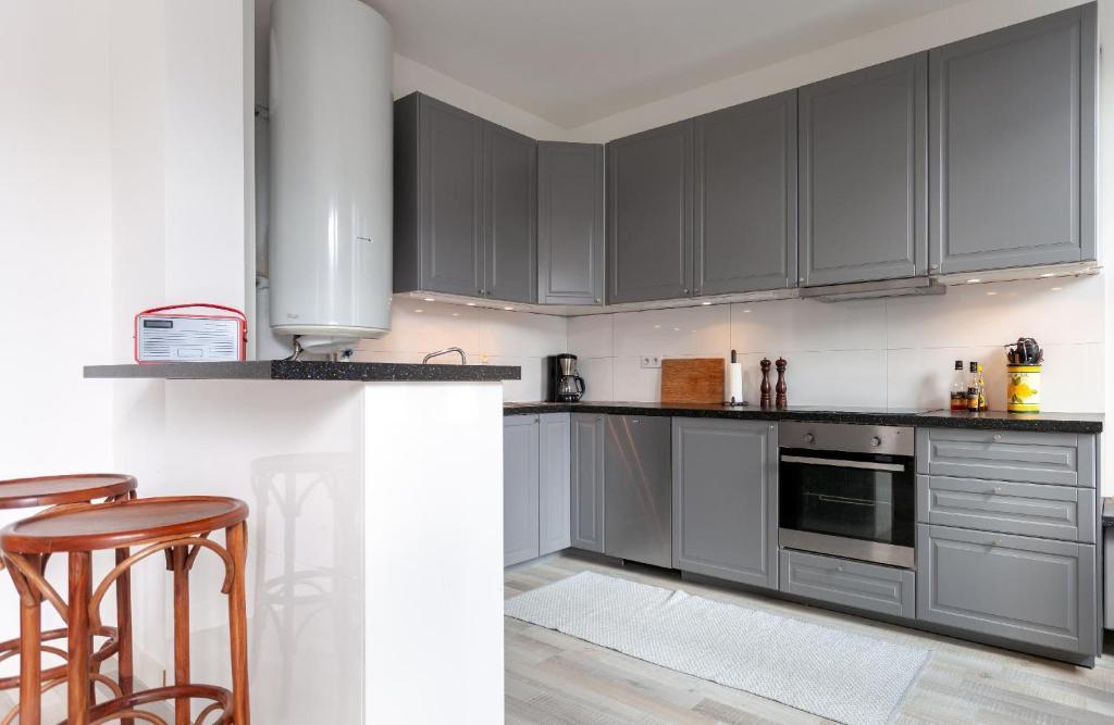 Booking.com & Apartment ⭐Bright \u0026 spacious 2BR Scandinavian design flat with ...