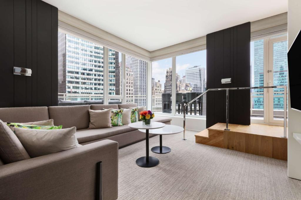 Hotel Andaz 5th Avenue A Concept By Hyatt Usa New York Booking Com