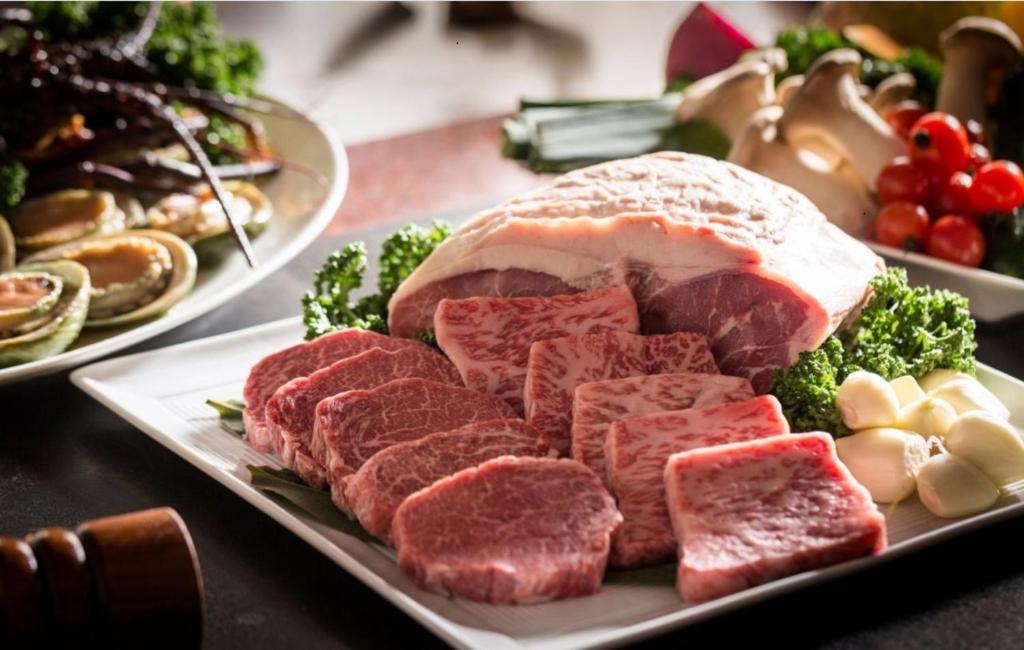 ポイント2.特選和牛が絶品!鉄板焼きレストラン