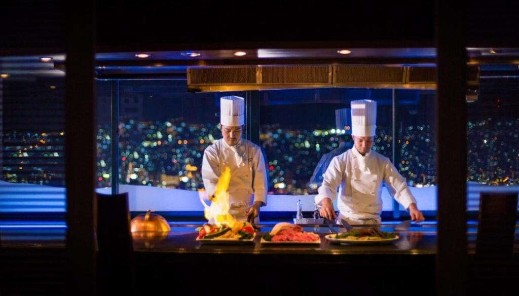 ポイント3.長崎の味を夜景とともに味わう鉄板焼き