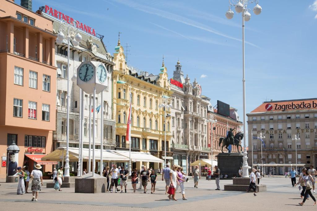 Apartment Angel Main Square Zagreb Including Photos Booking Com