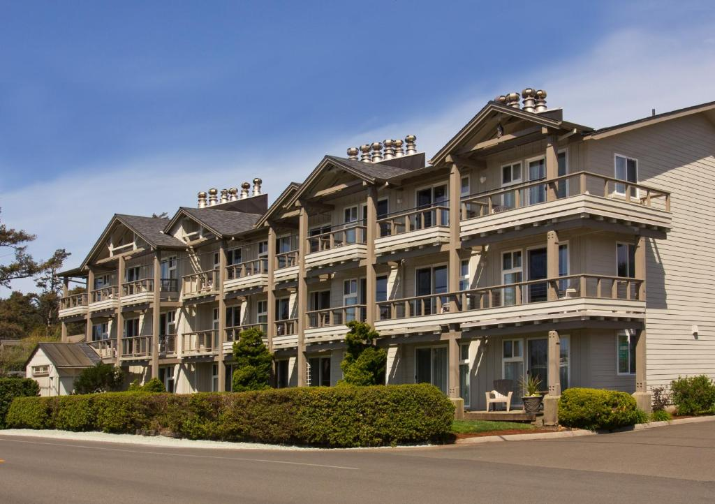 Cannon Beach Hotel Deals