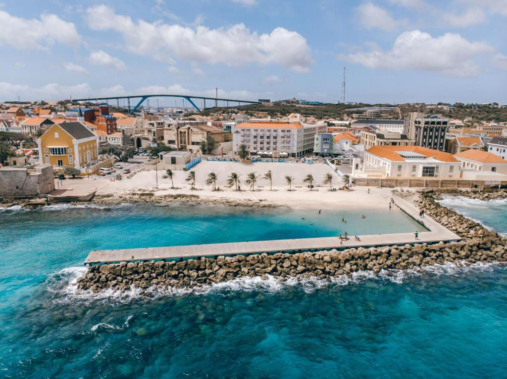 City Suites Beach Hotel Curacao Willemstad Booking Com