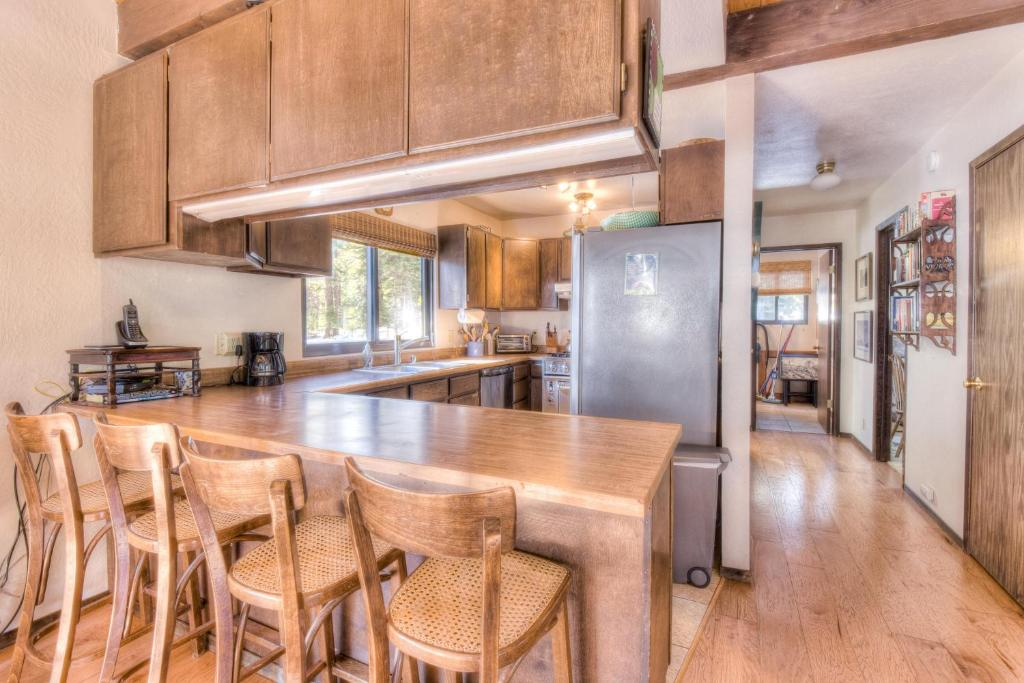 Marvelous Vacation Home Talmage North Tahoe Rental Carnelian Bay Ca Interior Design Ideas Greaswefileorg