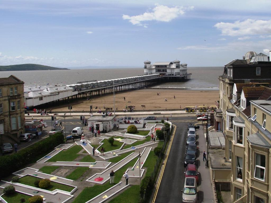 the sandringham hotel weston super mare uk booking com