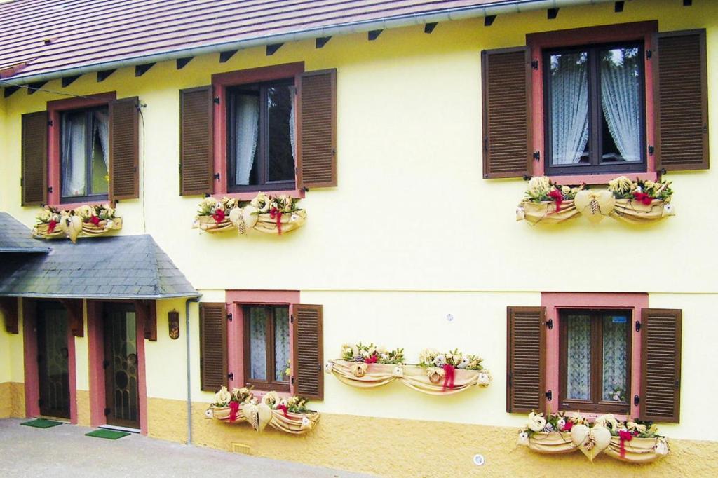 Apartments In Saint-louis Lorraine