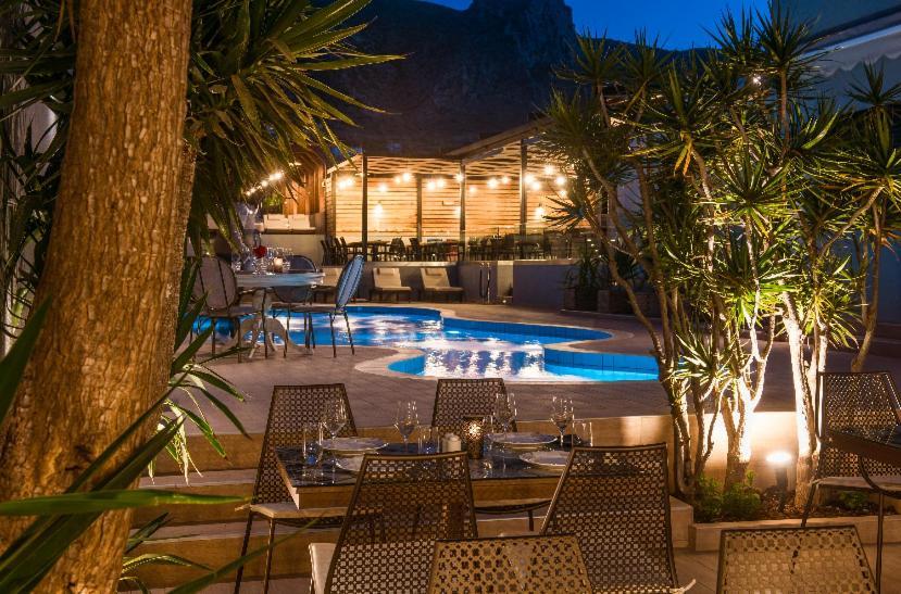 Отличный отель для молодежного отдыха на Крите!