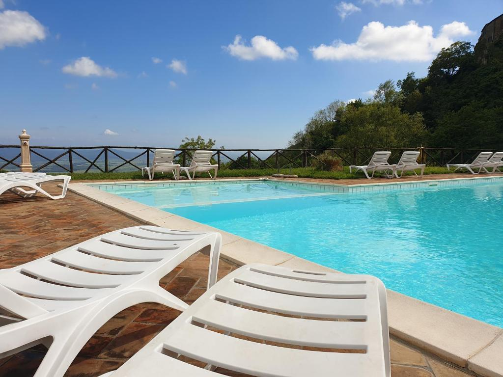 The swimming pool at or near Country House il Ciliegio