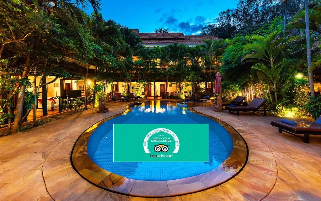The swimming pool at or near Pavillon Indochine Boutique - Hotel