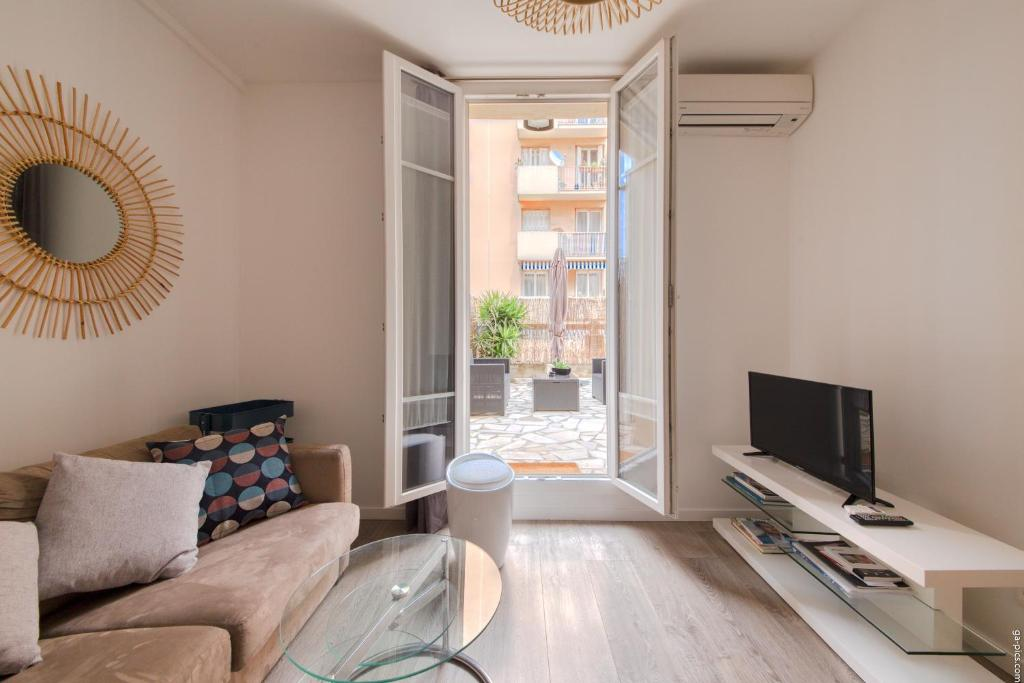 Modern flat with a large terrace - Riquier, Nice – Updated