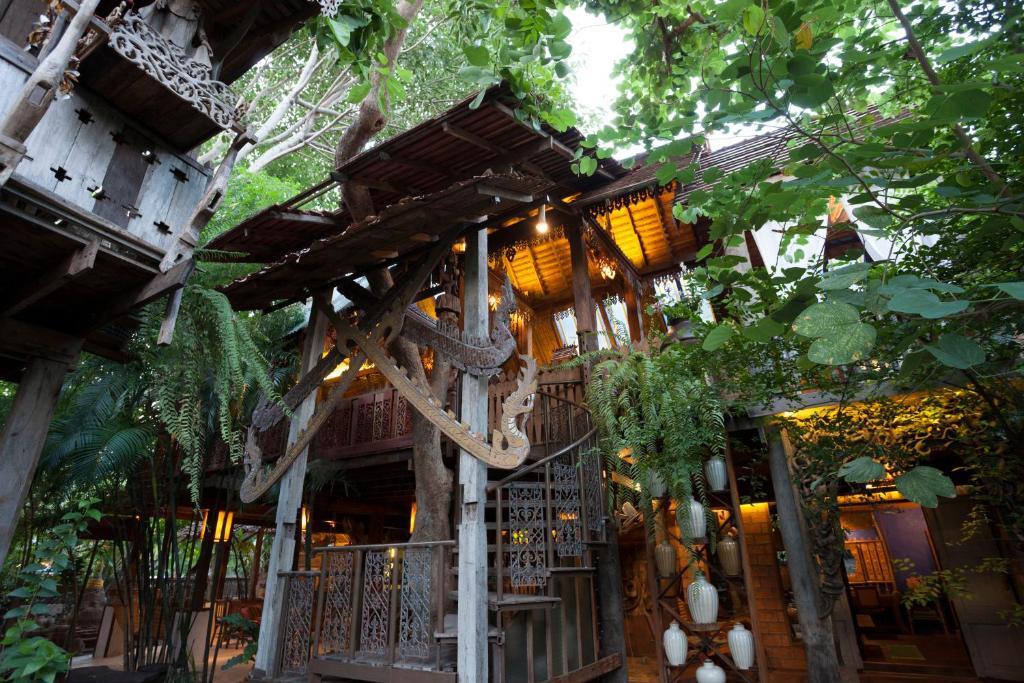 Pohľad z vtáčej perspektívy na ubytovanie Baan Boo Loo Village