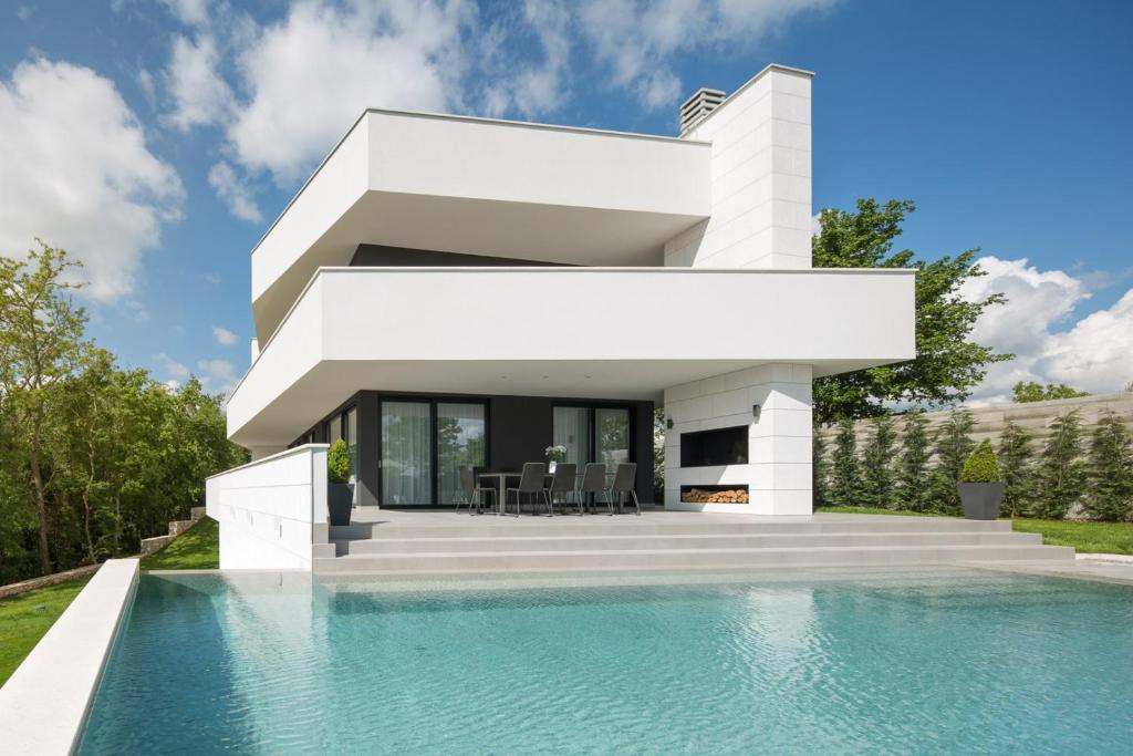 Modern Villa 55 with Pool and Spa (Kroatien Pazin) - Booking.com