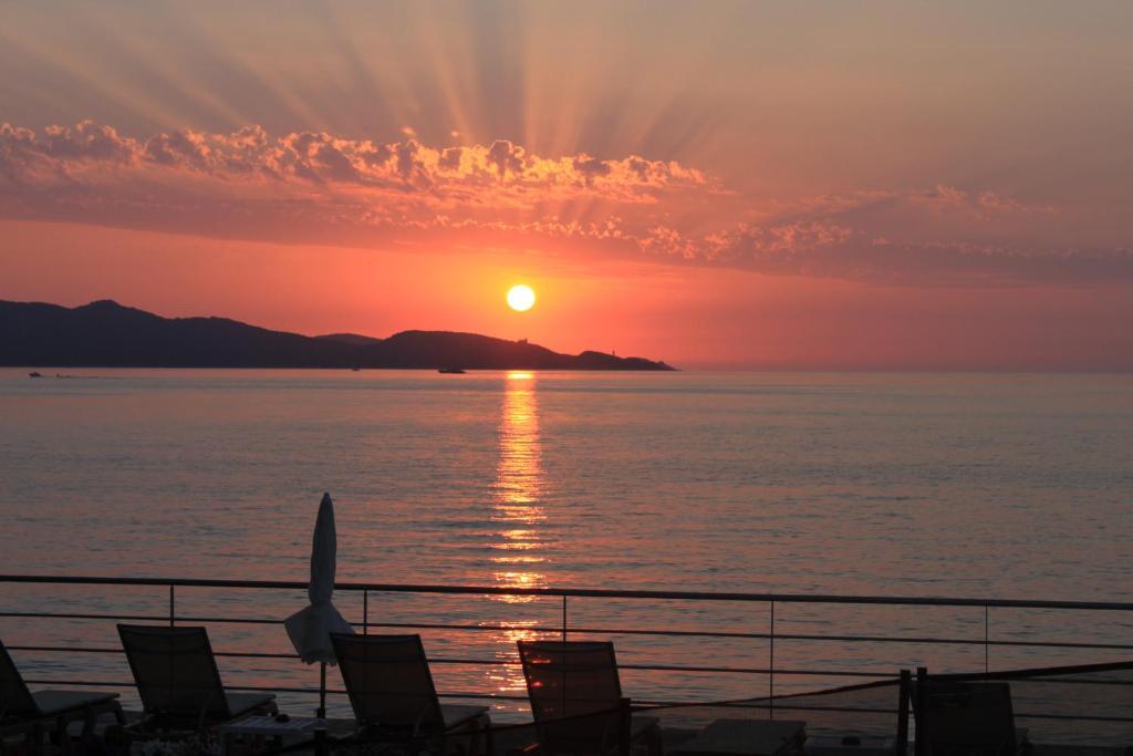 Lever ou coucher de soleil vu de l'hôtel ou à proximité