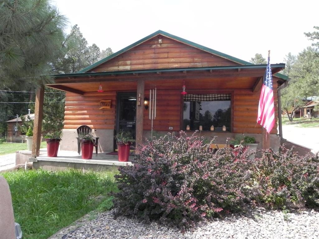 Apache Village Cabins, Ruidoso, NM - Booking.com