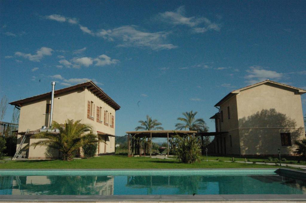 Apartments In Antona Tuscany