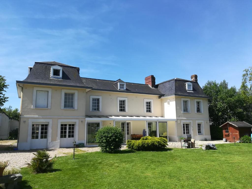 Apartments In Vascoeuil Upper Normandy