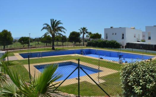 Casa con jardin junto al campo de golf de El Toyo, Almeria ...