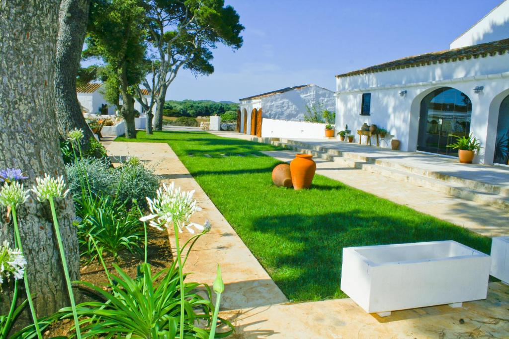 boutique hotels menorca  220