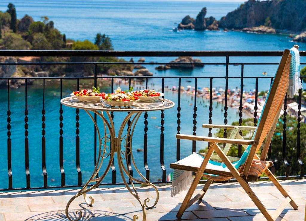 Cohen Apartments Taormina Italy Booking Com