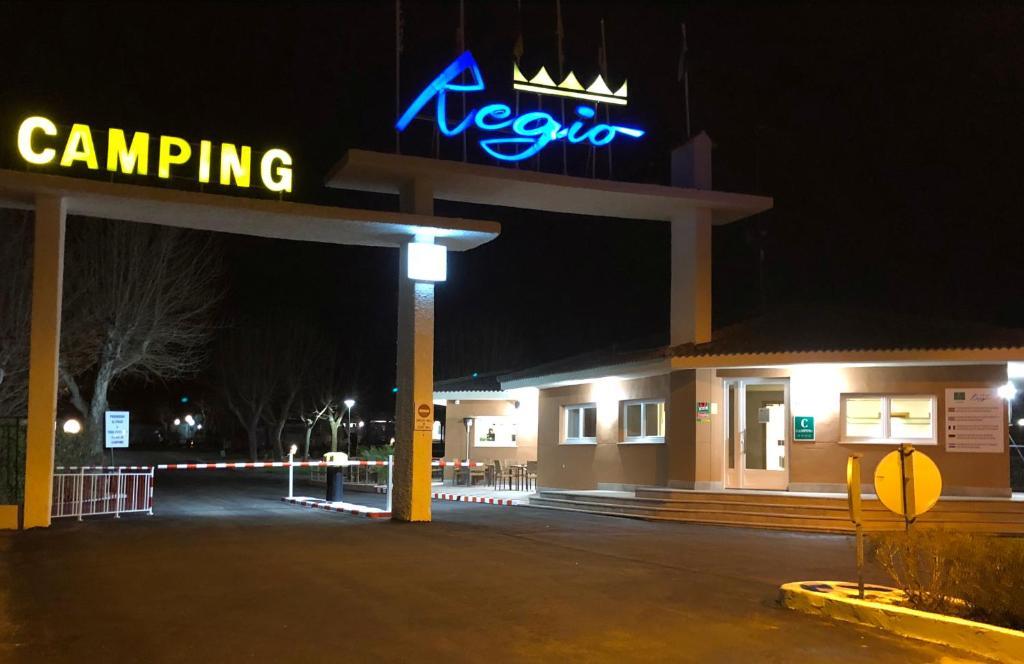 Bungalows Camping Regio Santa Marta De Tormes Spain Booking Com