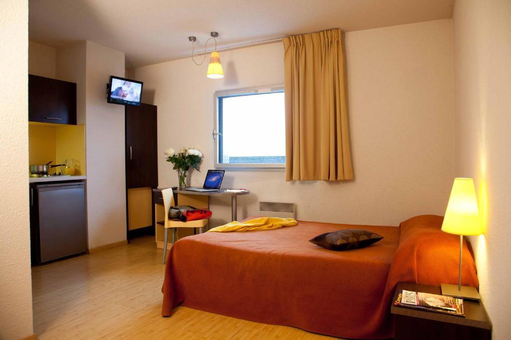 appart 39 h tel adagio torcy france torcy. Black Bedroom Furniture Sets. Home Design Ideas