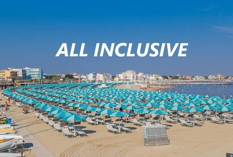 Hotel Savini Rimini Italien Rimini Booking Com