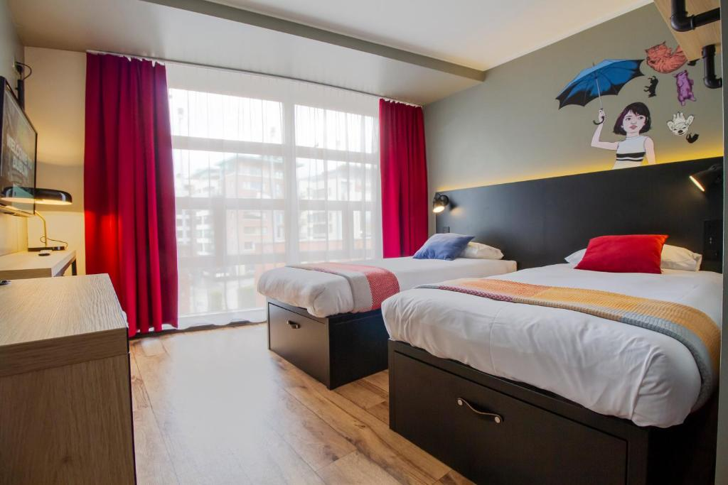A bed or beds in a room at Generator Dublin