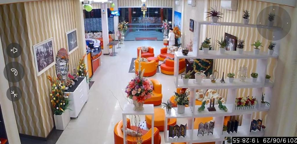 Fortune Front One Hotel Kendari, Indonesia - Booking.com on world military, world wallpaper, world projection, world glode, world hunger, world war, world history, world most beautiful nature, world earth, world travel, world of warships, world wide web, world atlas, world shipping lanes, world border, world statistics, world globe, world flag, world records, world culture,