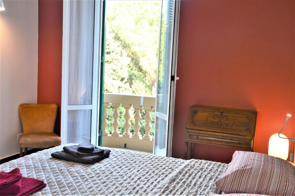 Apartment Canale San Martino 8ospiti Genoa Italy Booking Com