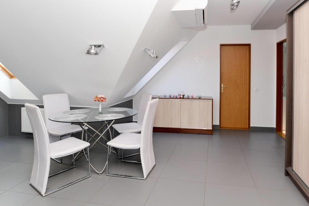 Dózsa György út 52  Apartman, Paks – Updated 2019 Prices