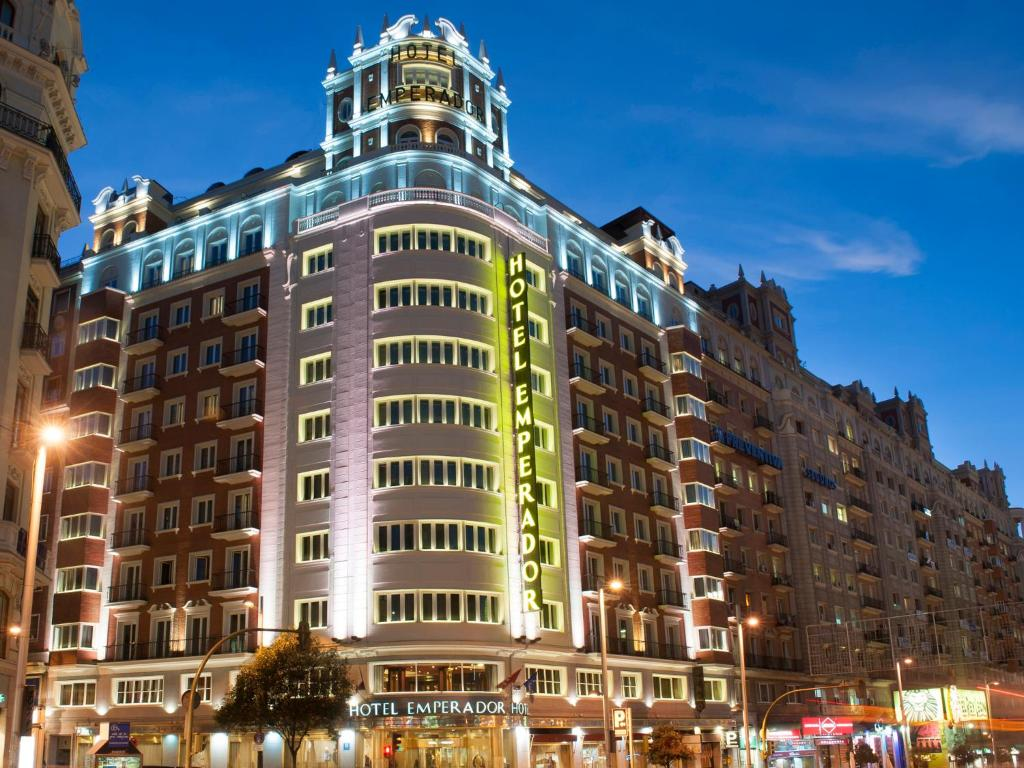 Emperador madrid for Hoteles vanguardistas en madrid