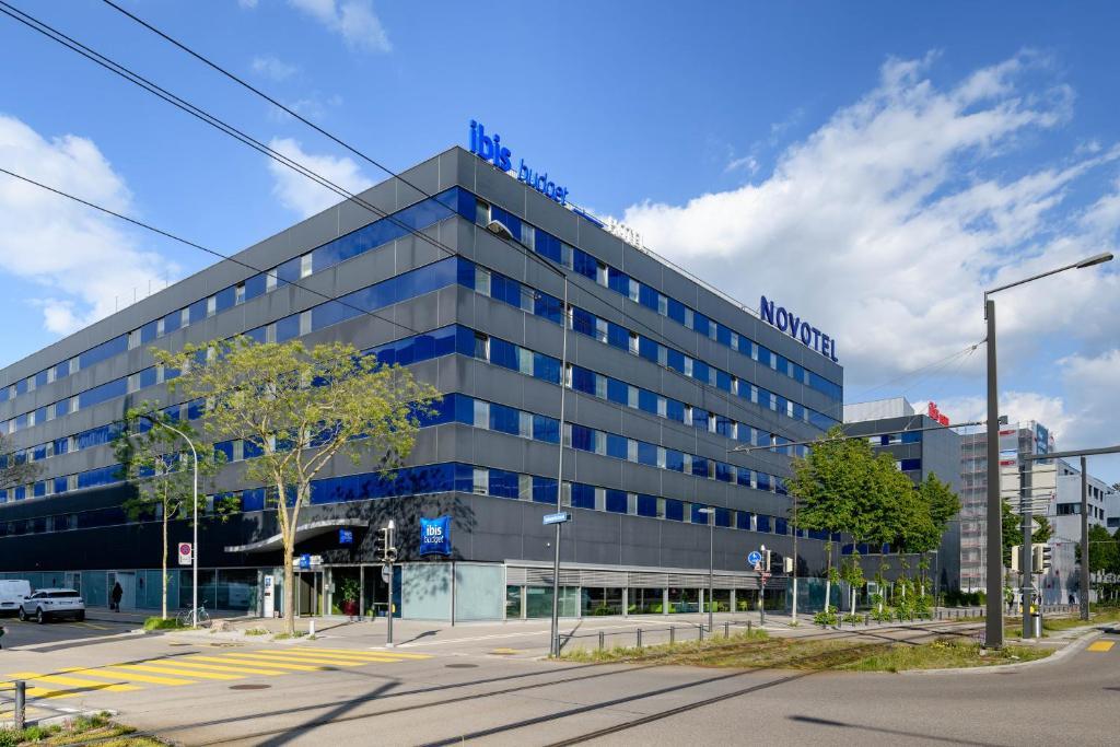 Hotel Ibis Budget Zurich City West Schweiz Zurich Booking Com