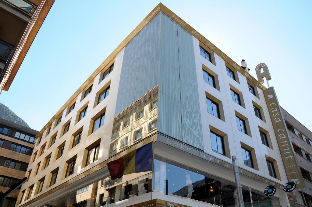 Hotel casa canut andorra la vella andorra - Andorra la vella apartamentos ...