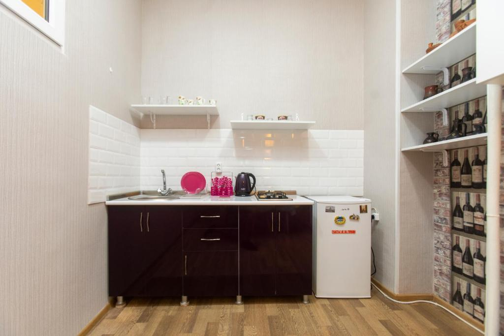 Minimalist Studio Walking Distance to City Centre, Tbilisi