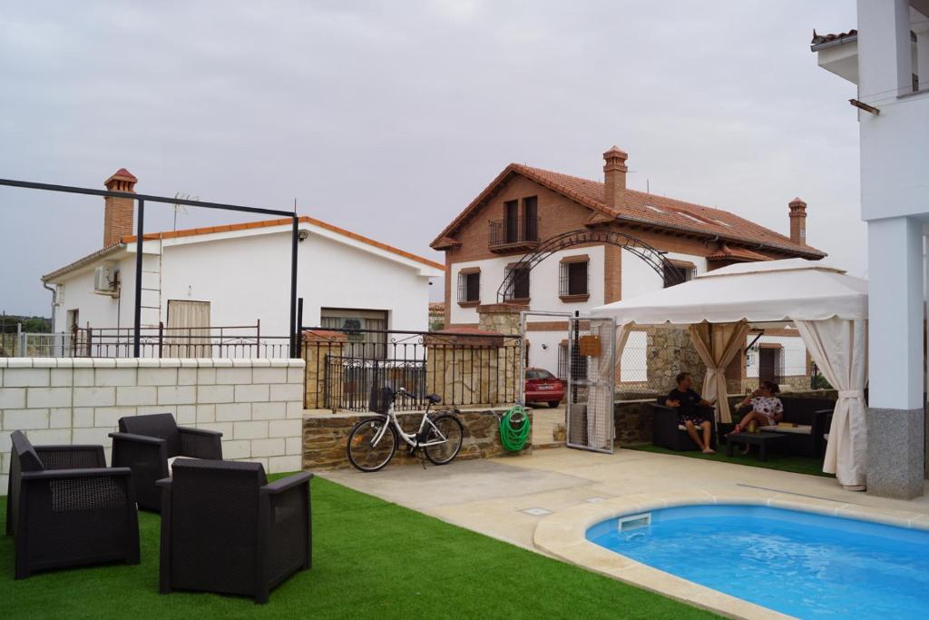 Apartamentos Rurales Monfragüe, Torrejón el Rubio, Spain ...
