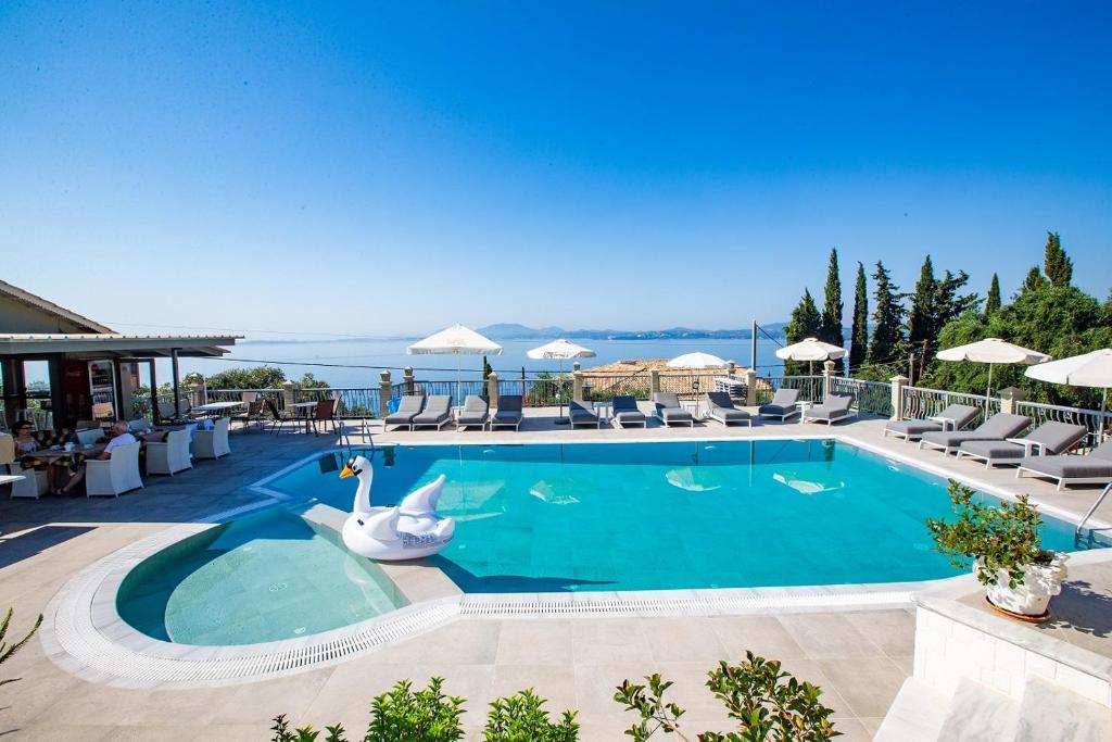 Πισίνα στο ή κοντά στο Locanda Barbati Luxury ApartHotel