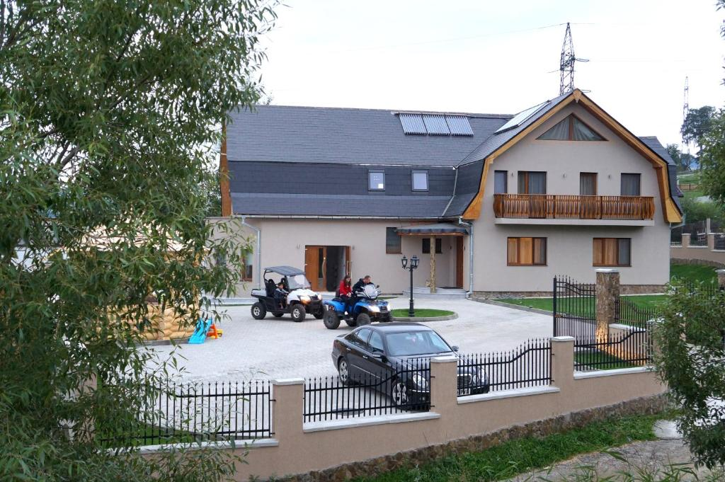 Pensiunea casa de munte vatra dornei romania for Booking casas